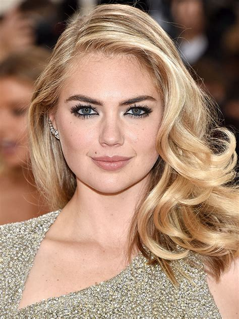How to Get Kate Upton's Perfect Smoky Eye in 10 Seconds