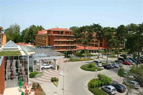 Hotel Azur - UPDATED 2018 Prices & Reviews (Siofok, Somogy