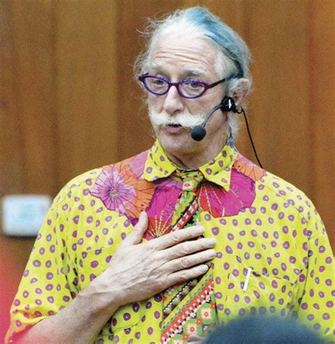 Renowned doctor 'Patch' Adams speaks at college | Local