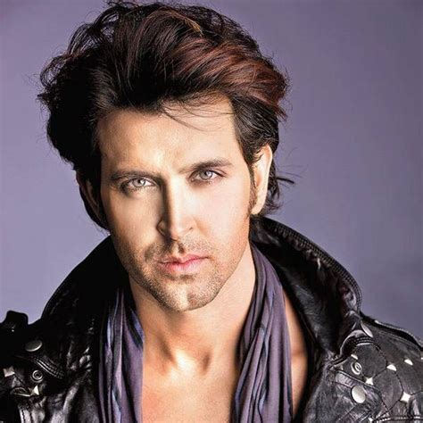 Hrithik Roshan Wiki-Biography-Age-Weight-Height-Profile