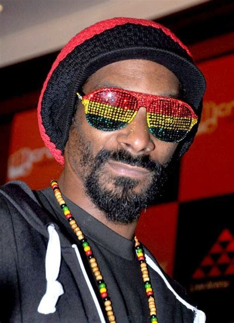 Biography of a Stoner: Snoop Doggy Dogg | Get High