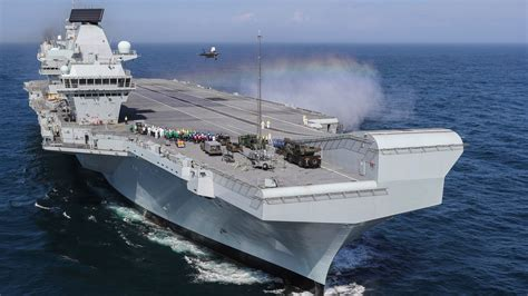New York welcome for HMS Queen Elizabeth after warship