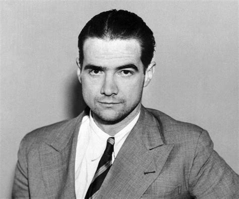 Howard Hughes Biography - Facts, Childhood, Family Life