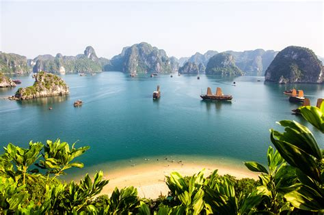 What to Do In Halong Bay Vietnam Summary | i Tour Vietnam
