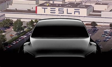 Tesla's real capacity problem: Too many people