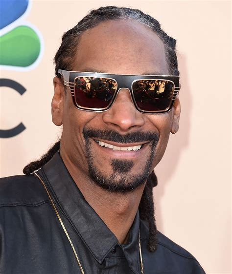 Snoop Dogg Invests in Eaze Weed Delivery Startup | Time