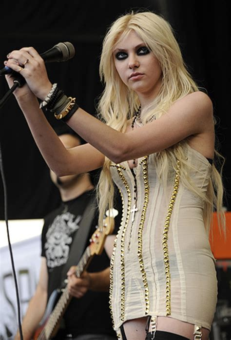 The Pretty Reckless | Photos From Warped Tour | Rolling Stone