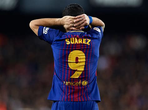 What's wrong with Luis Suarez? How Barcelona striker fell