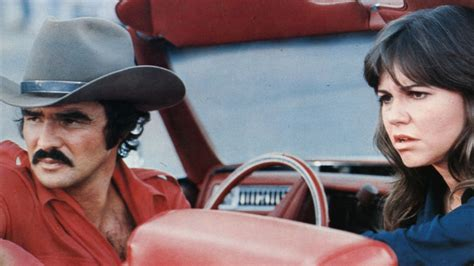 'Smokey and the Bandit' Review: 1977 Movie | Hollywood